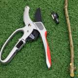 Mansfields Ratchet Pruner With Spare Blade & Pouch